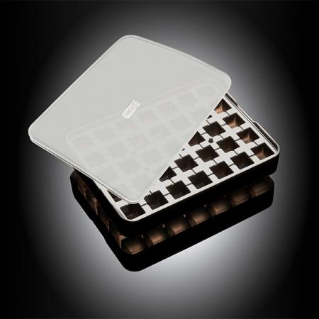 """Isterningebakke silikone med låg """"Terninger"""" 2x2 cm 28 stk."""